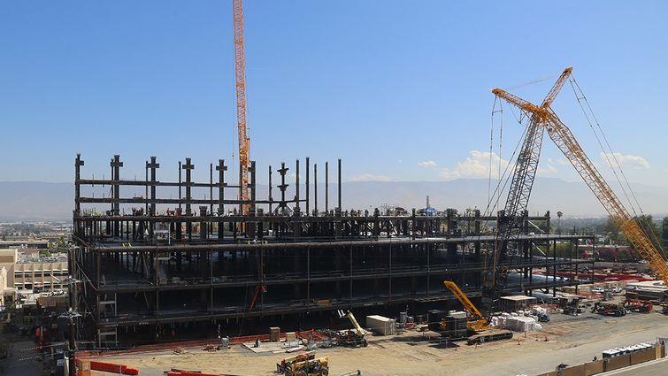 LLUH under construction