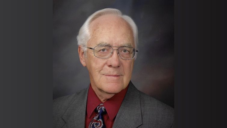 Dr. Marvin Peters