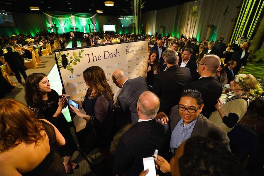 Gala guests participate in the $200 Dash.