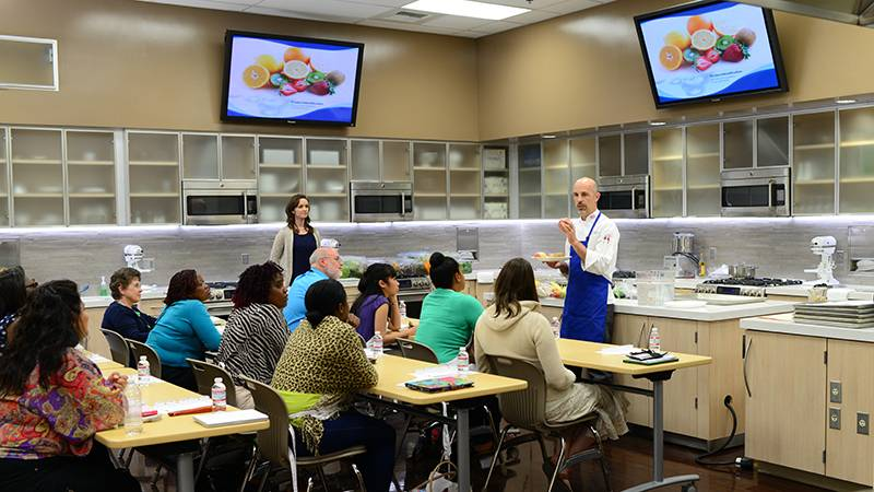 """Cory Gheen, MS, BPS, executive chef instructor, nutrition and dietetics at the Loma Linda University School of Allied Health Professions, led a workshop titled """"The chemistry of cuisine."""""""