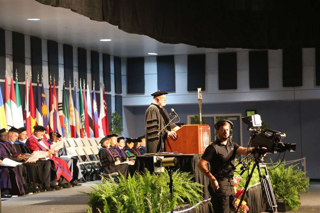 Commencement ceremony for School of Religion and School of Behavioral Health Class of 2016