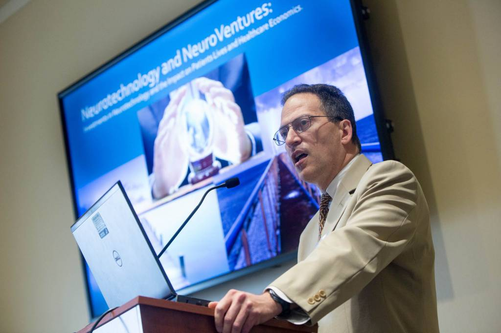 Dr. DiLorenzo, assistant professor of neurosurgery at LLU and president of Barinetics Corporation, addressed the Congressional Neuroscience Caucus during the 7th Annual Brain Mapping Day on March 21.