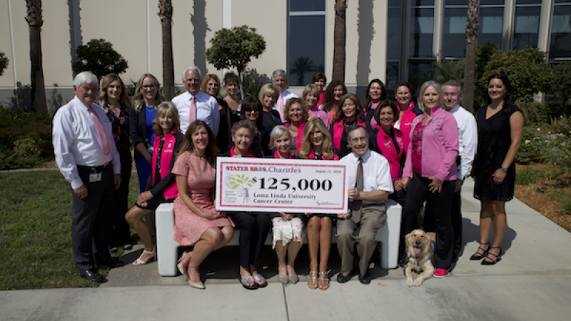 Group holds $125,000 Check