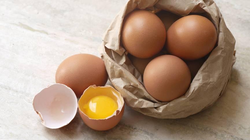 Bag of brown eggs