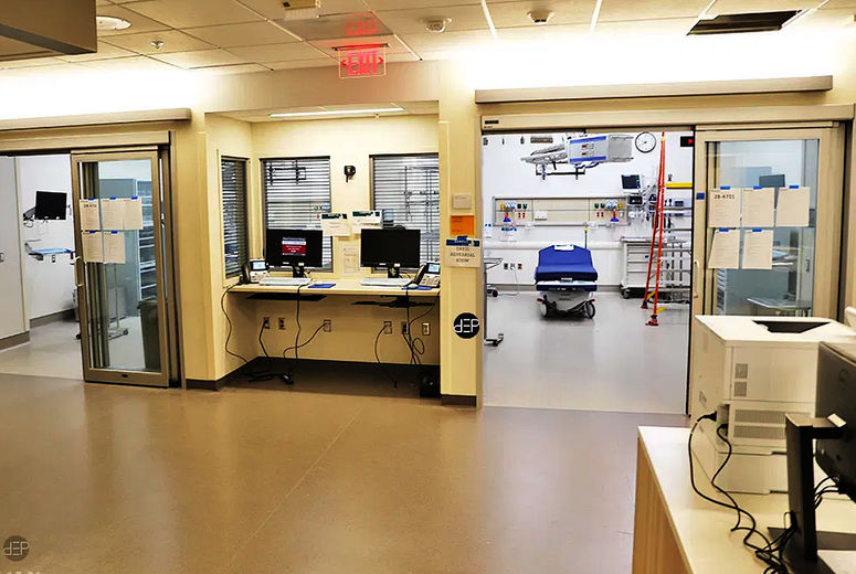 Two cardiac trauma rooms in the future adult emergency department.