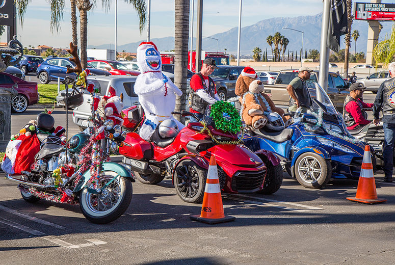 motorcycles decorated for Christmas